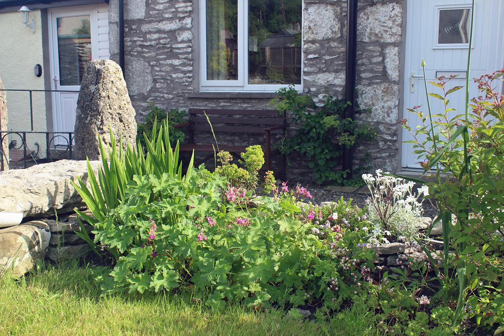 cottage garden small